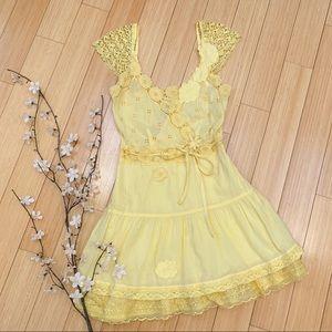 FREE PEOPLE yellow eyelet dress, S.